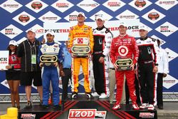 Podium: race winner Ryan Hunter-Reay, Andretti Autosport, second place Oriol Servia, Newman/Haas Rac
