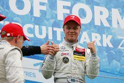 Winnaar Felix Rosenqvist, Mucke Motorsport, Dallara F308 Mercedes