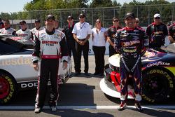 Обладатели первого ряда на стартовой решетке Жак Вильнёв, Penske Racing Dodge и Алекс Тальяни, Penske Racing Dodge