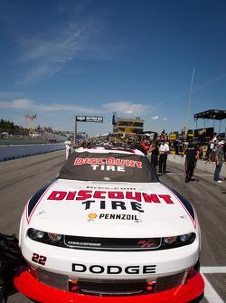 Pole winning car of Jacques Villeneuve, Penske Racing Dodge