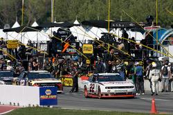 Jacques Villeneuve, Penske Racing Dodge leads the field to pace laps