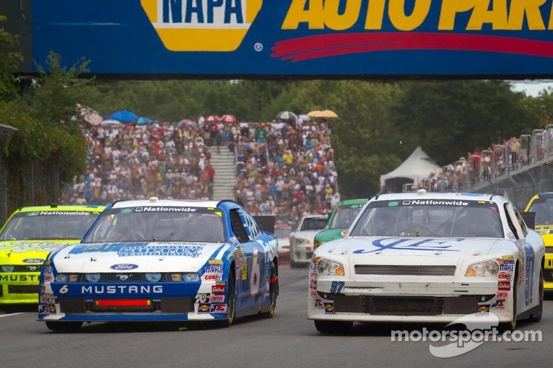 Ricky Stenhouse Jr., Roush-Fenway Ford and Kyle Kelley, Chevrolet