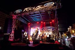 Crescent street racing party: live entertainment