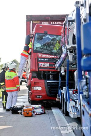 Aachen, Germany, accident on the A4 in direction Aachen, a Belgian Truck hits the Team Torro support