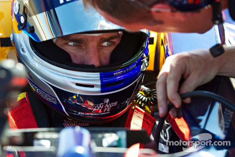 Tom Cruise, Red Bull F1 Car