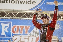 Victorye lane: race winner Kyle Busch celebrates
