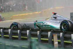 Michael Schumacher, Mercedes GP F1 Team accidente