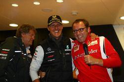 Norbert Haug, Jefe de Mercedes, Motorsport con Michael Schumacher, Mercedes GP F1 Team celebra su pr