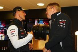 Michael Schumacher, Mercedes GP F1 Team celebra su primera conducción de un F1en Spa 20 años con Ros
