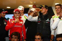 Michael Schumacher, Mercedes GP F1 Team festeja su primer carrera en F1 en Spa hace 20 años, Felipe