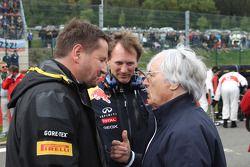 Paul Hembery, Bernie Ecclestone y Christian Horner, Red Bull Racing, Director deportivo