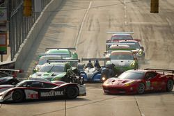 Start: #98 Jaguar RSR Jaguar XKR: P.J. Jones, Rocky Moran Jr., #52 PR1 Mathiasen Motorsports Oreca F