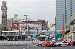 #45 Flying Lizard Motorsports Porsche 911 GT3 RSR: Jorg Bergmeister, Patrick Long, #62 Risi Competiz