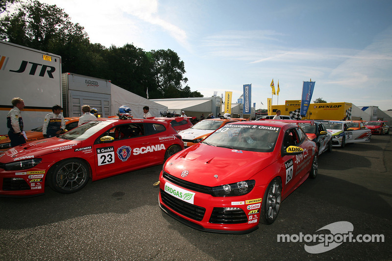 Volkswagen Scirocco R-Cup: guest driver Anthony Hamilton
