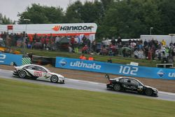 Gary Paffett, Team HWA AMG Mercedes, AMG Mercedes C-Klasse and Timo Scheider, Audi Sport Team Abt Sp