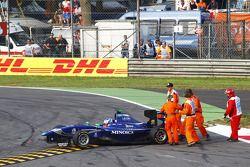 Leonardo Cordeiro spins as marshals come to help