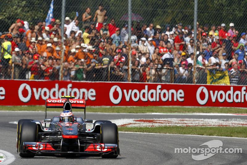 2011 - McLaren MP4-26 (Mercedes motor)