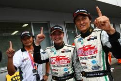 GT300 Winner: #4 Hatsunemiku Goodsmile BMW: Nobuteru Taniguchi, Taku Bamba