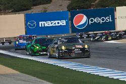 #11 JDX Racing Porsche 911 GT3 Cup: Nick Ham, Chris Thompson, Scott Blackett