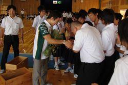 Takuma Sato, KV Racing Technology-Lotus with fans