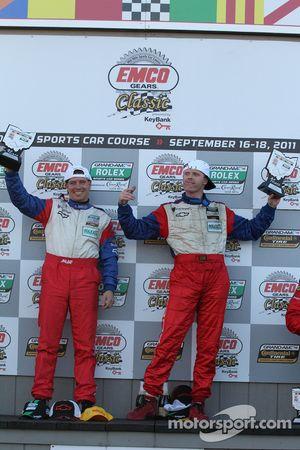 GT podium: winnaars Ronnie Bremer en Robin Liddell