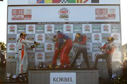 GT podium: champagne