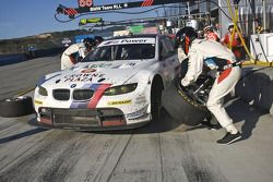 Pitstop #56 BMW Motorsport BMW M3 GT: Dirk Müller, Joey Hand