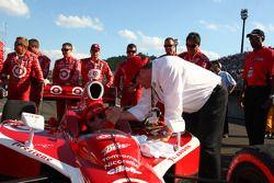 Race winner Scott Dixon, Target Chip Ganassi Racing celebrates with Chip Ganassi