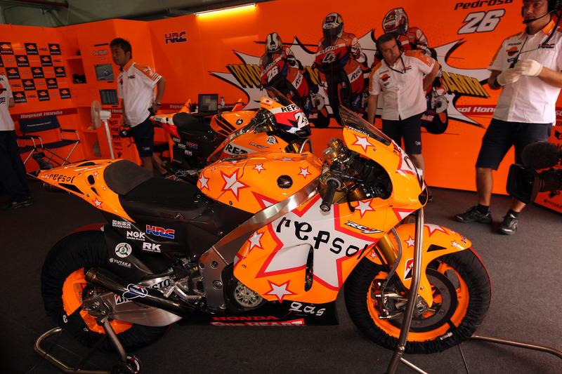 Repsol Honda Team special livery at Aragon GP