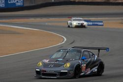 Compétition Motorsports Porsche 911 GT3 Cup : Michael Avenatti, Bob Faieta, Cort Wagner