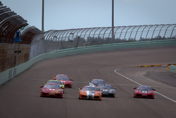F430 start: #26 Ferrari of Ft. Lauderdale Ferrari F430 Challenge: Juan Hinestrosa and #4 Ferrari of Silicon Valley Ferrari F430 Challenge: Chris Ruud battle for the lead