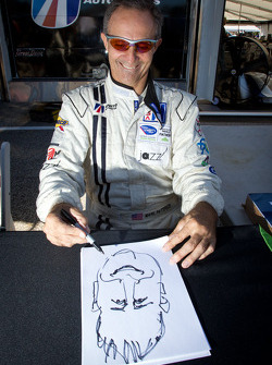 Mark Patterson draws a caricature of Motorsport.com's Eric Gilbert