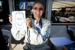 Mark Patterson dessine une caricature d'Eric Gilbert de 'Motorsport.com