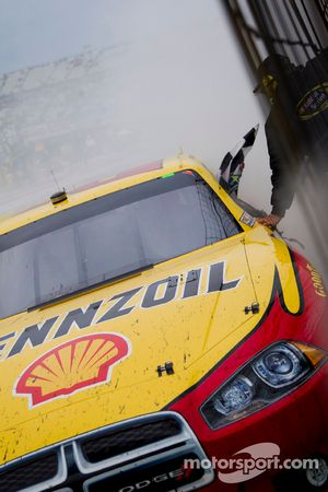 vainqueur Kurt Busch, Penske Racing Dodge