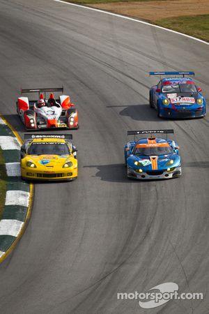 #64 Lotus Jetalliance Lotus Evora: Oskar Slingerland, Martin Rich, Jensen Kasper, #4 Corvette Racing