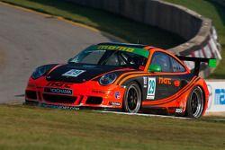 NGT Motorsport Porsche 911 GT3 Cup : Eduardo Cisneros