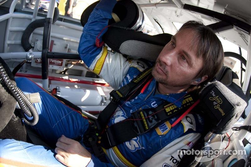 David Reutimann, Michael Waltrip Racing