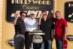 Victory lane: le vainqueur Jimmie Johnson, Hendrick Motorsports Chevrolet