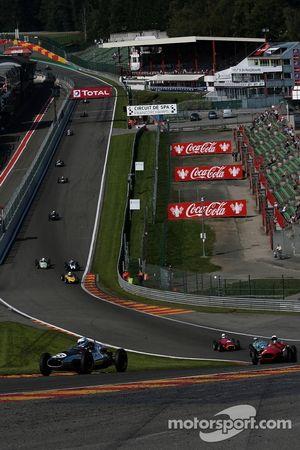 Start race 2, Eau Rouge