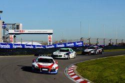#22 United Autosports Audi R8 LMS: Mark Patterson/Joe Osborne