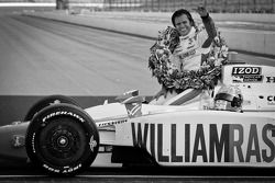 2011 Indy 500 race winner Dan Wheldon, Bryan Herta Autosport with Curb / Agajanian celebrates during