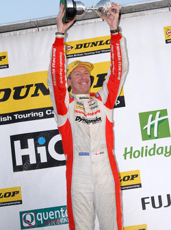 2011 BTCC Champion Matt Neal, Honda Racing