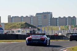 #23 United Autosports Audi R8 LMS: Zak Brown/Matt Bell