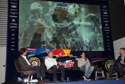Чемпион 2011 года - Себастьян Феттель возвращается на базу Red Bull