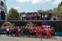 Drivers gather in memory of Indy driver Dan Wheldon