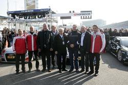 Jürgen Pippig, Audi-Sportchef; Walter Mertes; Norbert Haug, Mercedes-Sportchef; Hans Werner Aufrecht
