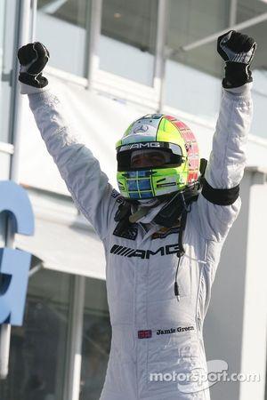 Winnaar Jamie Green, Team HWA, AMG Mercedes C-Klasse