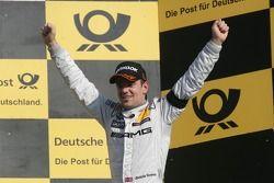 Первое место - Джейми Грин, Team HWA, AMG Mercedes C-Klasse