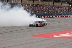 Race winner Clint Bowyer, Richard Childress Racing Chevrolet