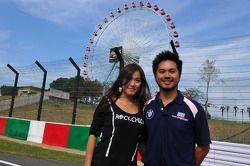 Charles Kaki Ng, BMW 320si, Liqui Moly Team Engstler and his girlfriend